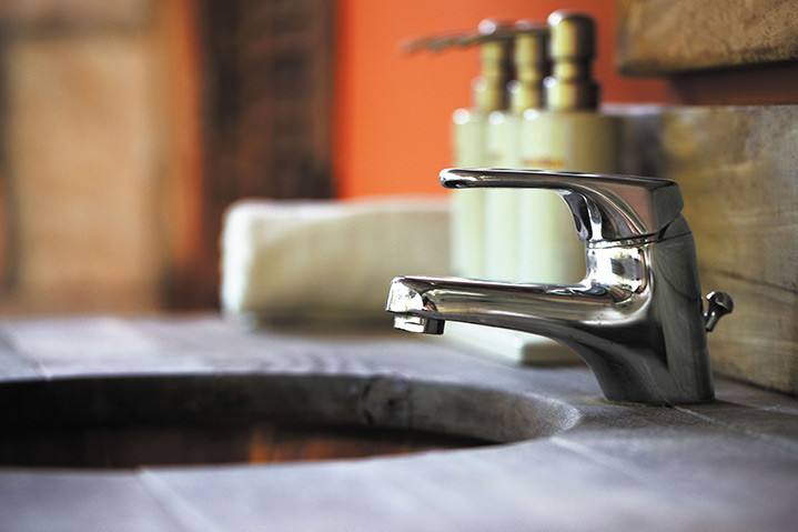 A2B Plumbers are able to fix any leaking taps you may have in Lofthouse.